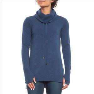 Max Studio cashmere sweater